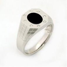 Кольцо c бриллиантами и ониксом